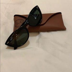 Ray ban cat eyes sunglasses